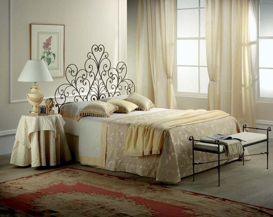Κρεβάτι URSULA