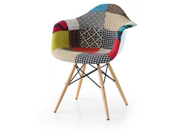 Πολυθρόνα Υφασμάτινη σε multi χρωματισμό.